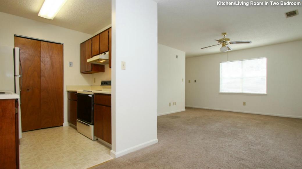 Twobedroom Kitlivingroom Woodwinds Apartments Augusta Ga
